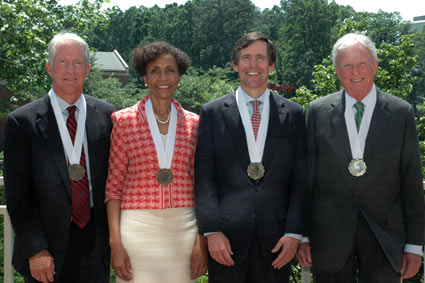 2009 Distinguished Service Medal winners.