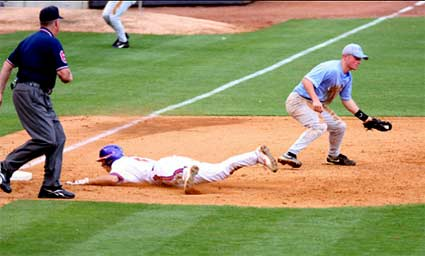 The Heels lost 4-3 in extra-innings to Clemson in the ACC Tournament.