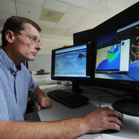 UNC Leading New Coastal Resilience Center
