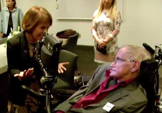 Folt, Hawking Kick Off Historic Physics Conference