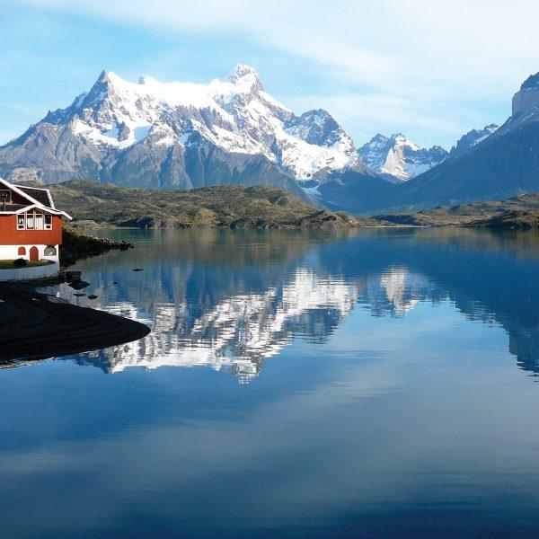 Patagonia_Lake_Pehoe