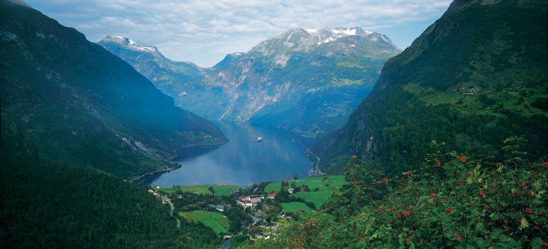 Scandinavia_Geirfjord