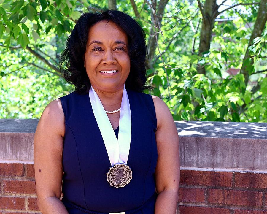 Teresa Holland Williams